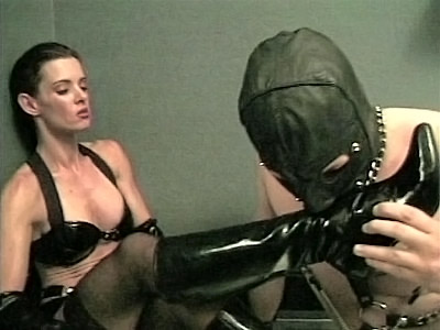 BDSM Feet Licking